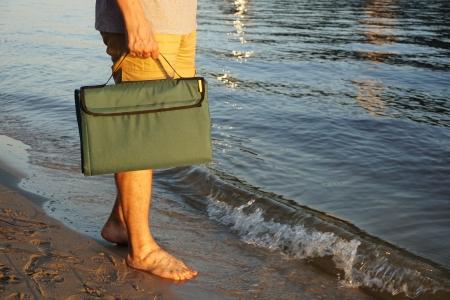 Килимок для пікніка і пляжу водонепроникний, компактний, складається
